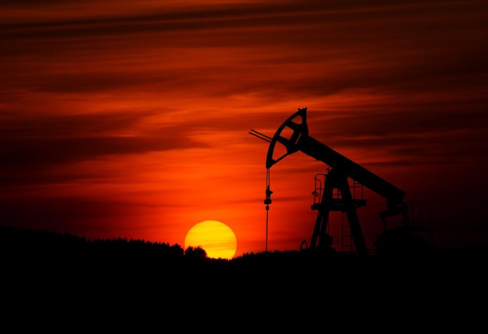 米、農家支援へ高エタノールガソリン通年販売 石油業界は反発