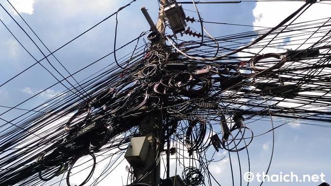 タイ:プーケットでも電線地中化、一部では8月末に完了