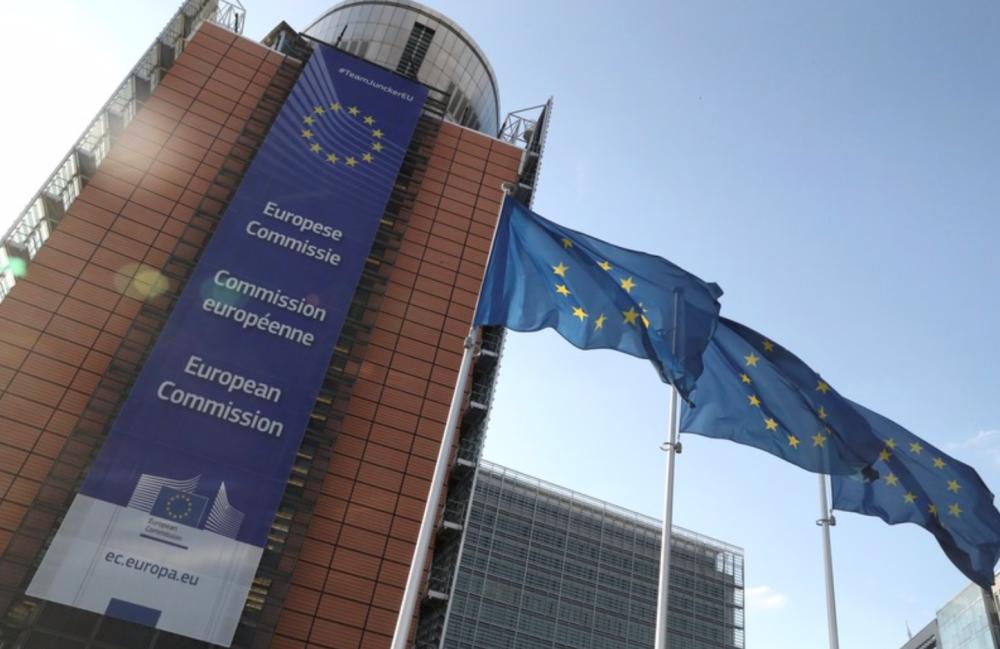 EU首脳、重要ポストの人選難航 2日も協議へ