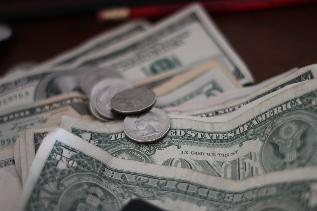 中国元安容認で1ドル7元台下落、米が「為替操作国」に指定