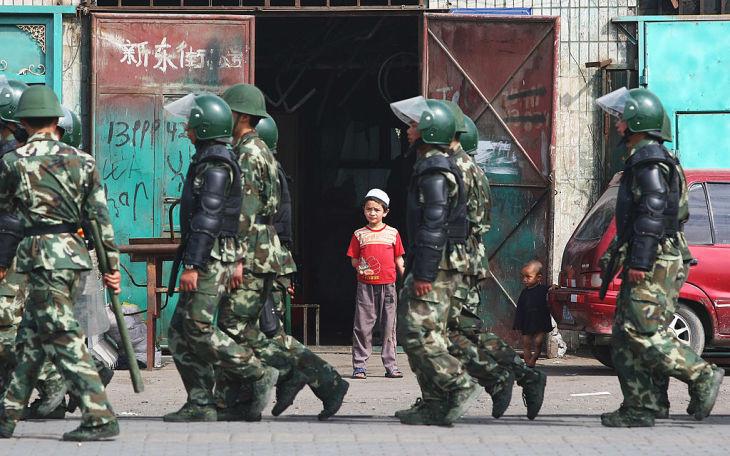 新疆の収容施設に漢民族や陳情者、法輪功学習者も 元収監者が明かす
