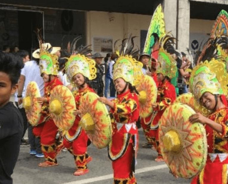 フィリピン:カダヤワン祭り2020、再び1か月の長期開催へ