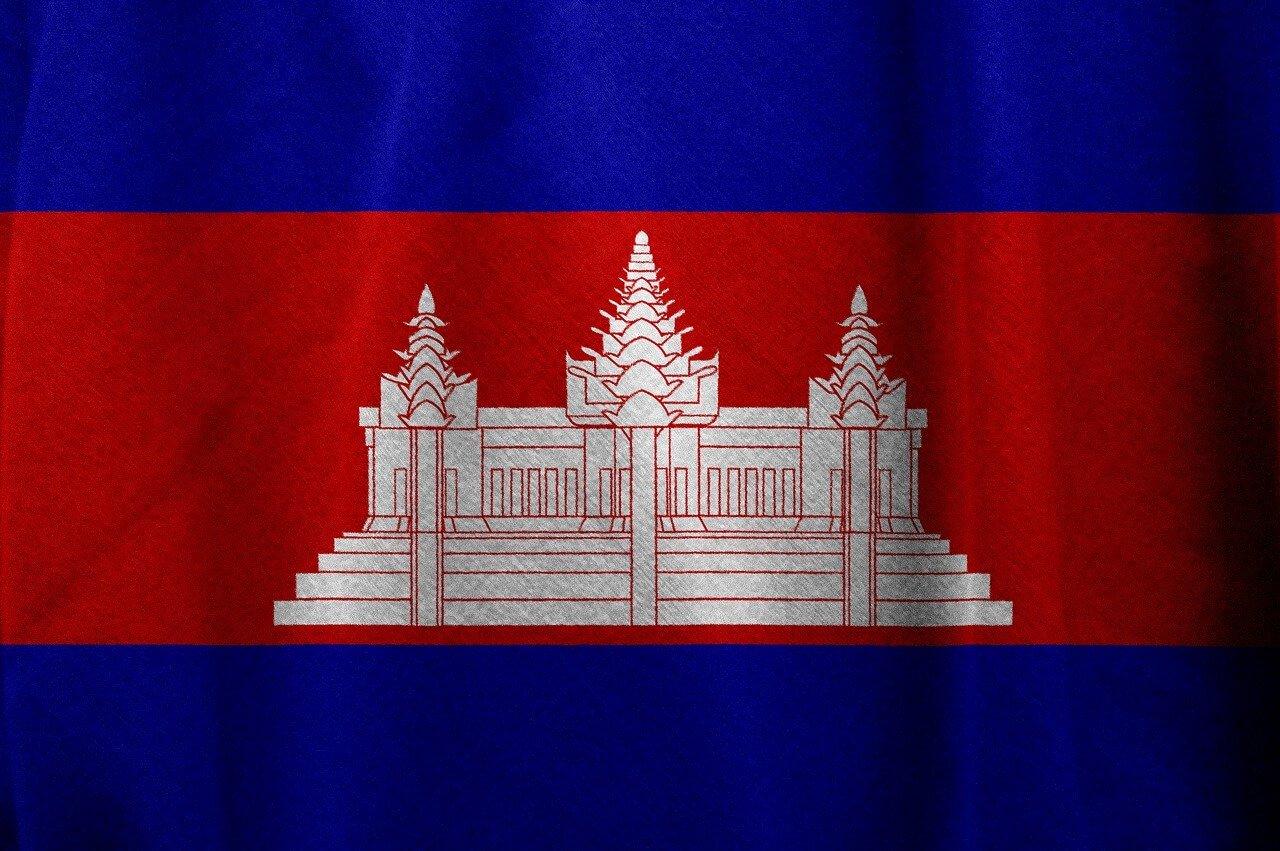 カンボジア:EUで保留中のEBA決定がアパレル工場労働者に与える影響
