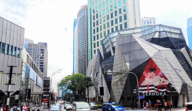 マレーシア:スターヒルギャラリー改装-一部は5つ星ホテルの客室に