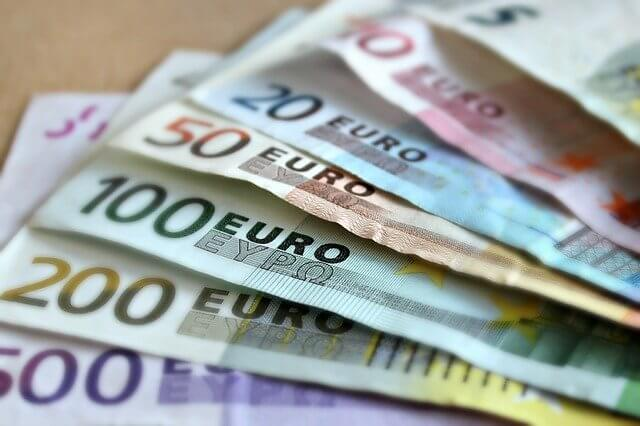 ベネチアで再び高潮、過去最悪の1週間 被害額10億ユーロ
