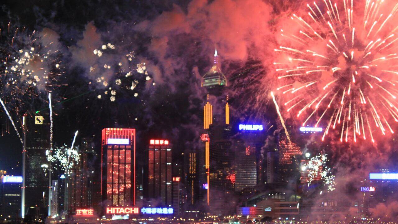 香港:旧正月の花火大会、開催を準備中