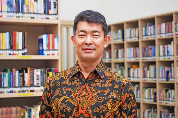 インドネシア:モットーは「常に学ばせてもらう」 国際交流基金 高橋裕一所長