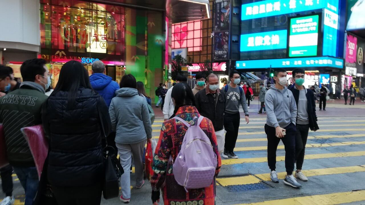 香港:WHO、新型肺炎の正式名称を発表