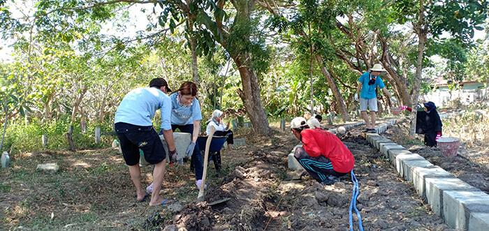 インドネシア:家族のような関係に 日イ合同ワークキャンプ ハンセン病回復村