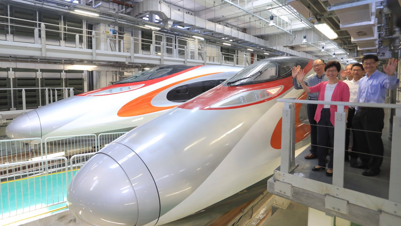 香港:武漢の地下鉄と高速鉄道駅が再開