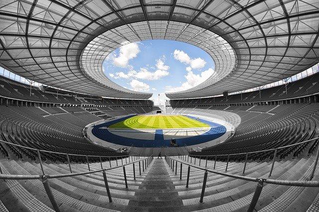 日本:東京五輪、2021年の開催不可能なら中止