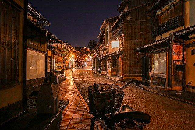 日本:緊急事態宣言解除を受け 消費者の旅行再開への意識は? 観光協会による支援の動きも