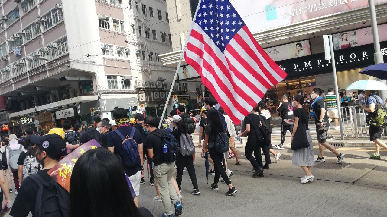 香港:林鄭長官「制裁措置は米国に不利」