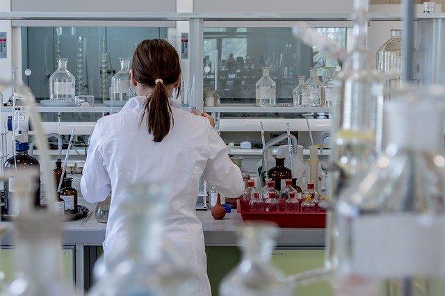 中国:中国大連市で感染拡大、PCR検査に長蛇の列