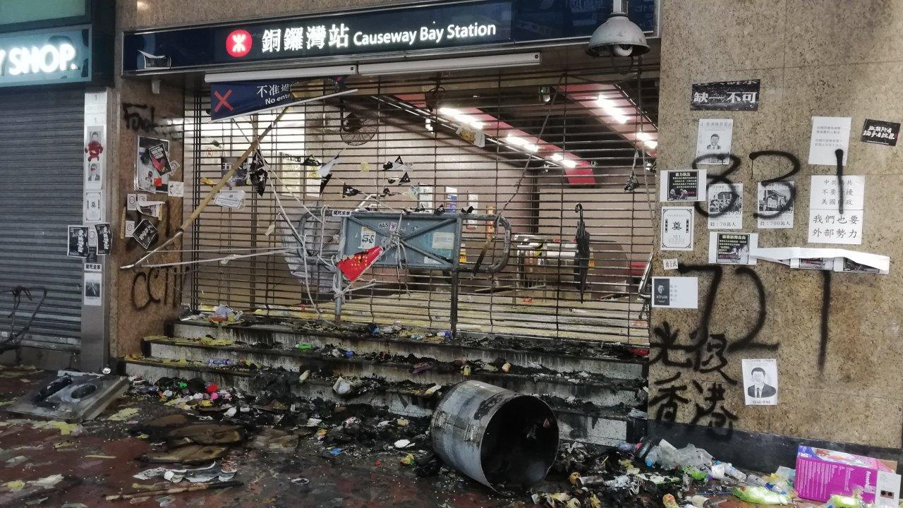 香港:「我要攬炒」が海外に制裁呼びかけ