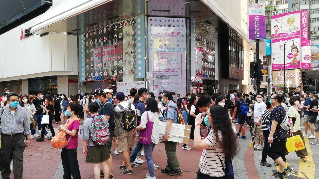香港:8月の小売り統計、総売上高は13%減
