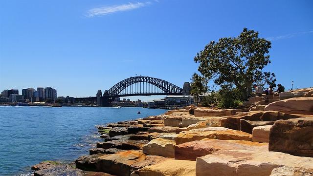オーストラリア:豪NSW州、コロナ制限措置緩和へ 新規感染は6週間ぶり高水準