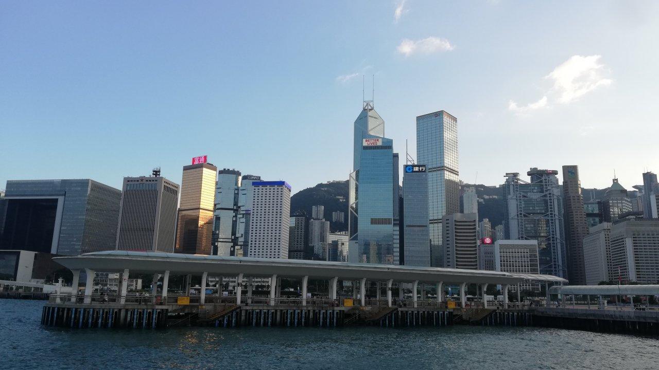 香港:第3四半期のGDPマイナス3.5%