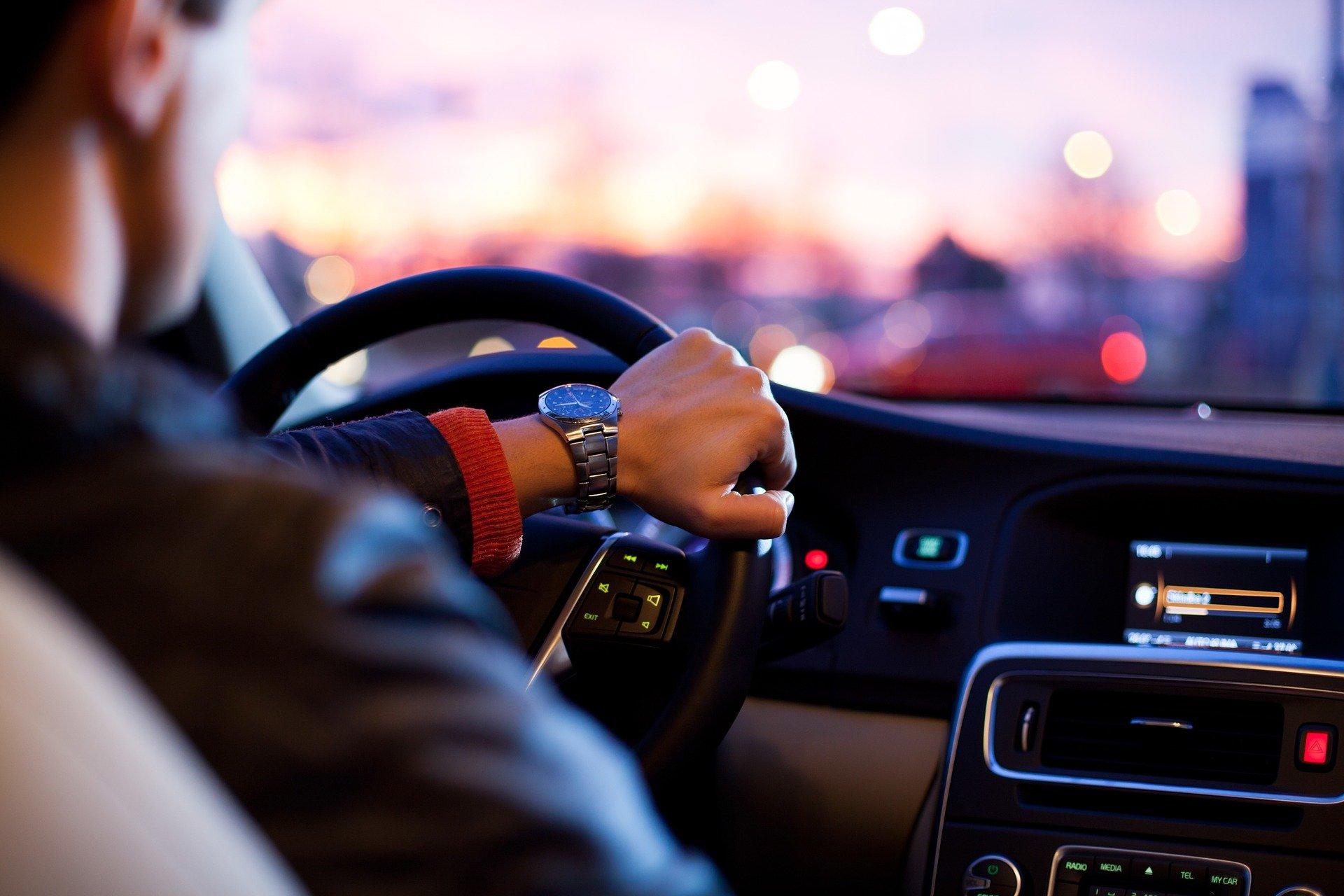 インドネシア:今年は75万台目標 国内自動車販売