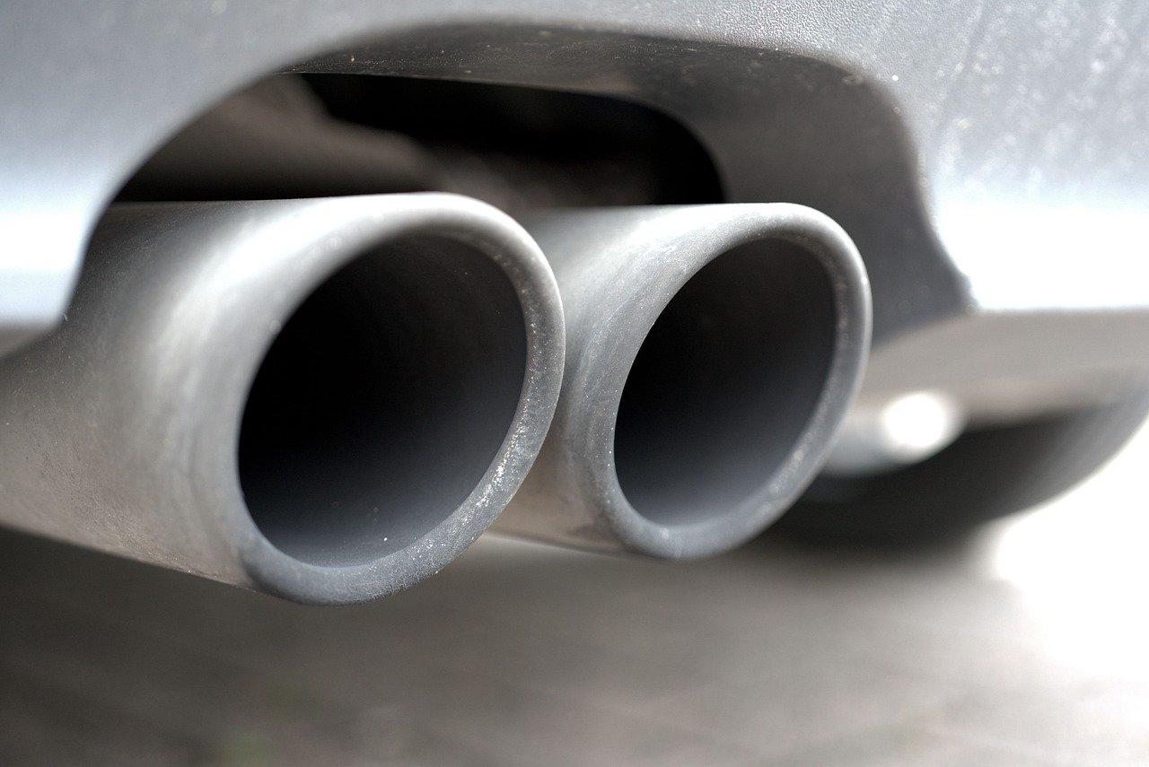 インドシネア:排気ガス試験を無料実施 ジャカルタ 24日の義務化を前に