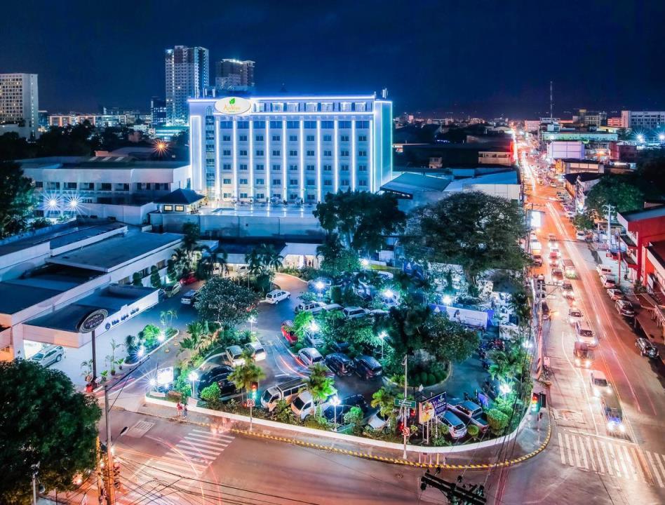 フィリピン:ダヴァオの老舗ホテル 休業に追い込まれる